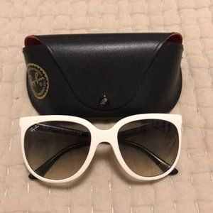 Ray-Ban Black And White Sunglassed With Sunglasses